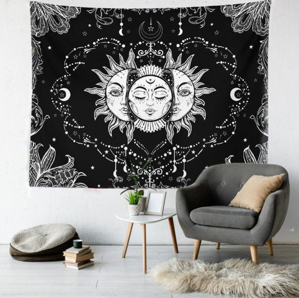 Sun and Moon Duvar Örtüsü