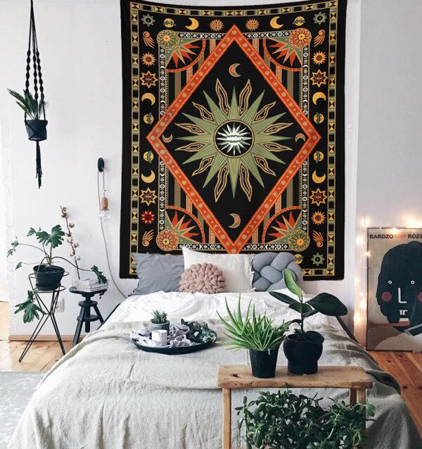 Astroloji Mandala Duvar Örtüsü canlı renkler ve net çizgileri ile evinizin havasını tamamen değiştirir